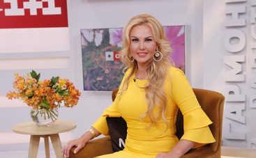 Камалия оказалась в центре скандала из-за критики творчества Оли Поляковой