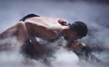 Известная певица закрутила роман с партнером Леси Никитюк по Танцях з зірками
