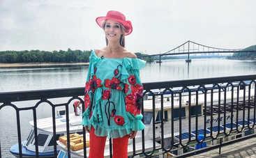 Катя Осадчая засветилась в Каннах вместе с известным испанским актером