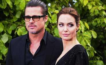 «Страсти утихли»: Анджелина Джоли помирилась с Брэдом Питтом