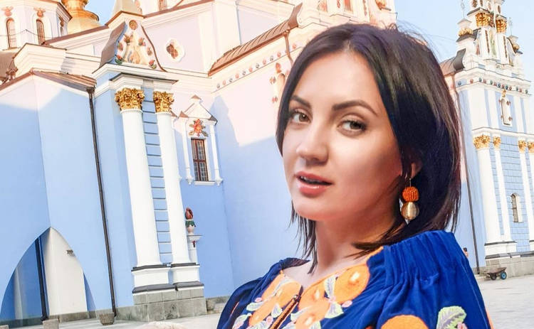 Оля Цибульская пришла на мероприятие без нижнего белья: в Сети ликуют