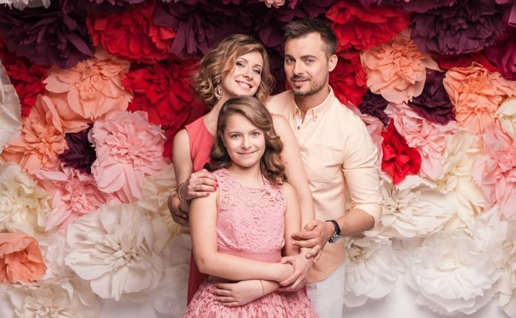 Елена Кравец поразила Сеть снимком взрослой красотки дочери: «Моя любовь»
