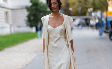 Горячий тренд сезона: шелковые платья возвращаются в моду