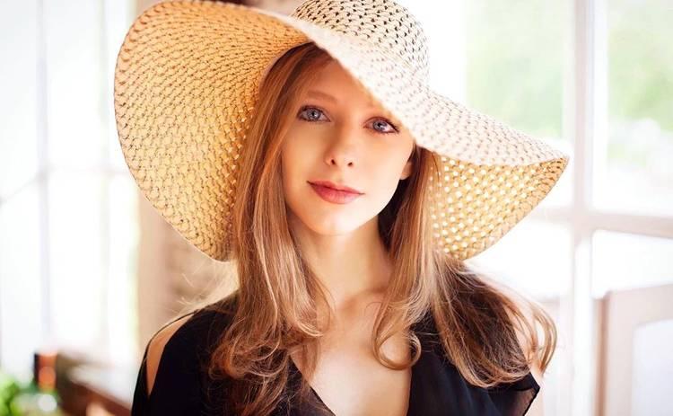 Звезда «Папиных дочек» выросла сексуальной красоткой: как изменилась Галина Сергеевна