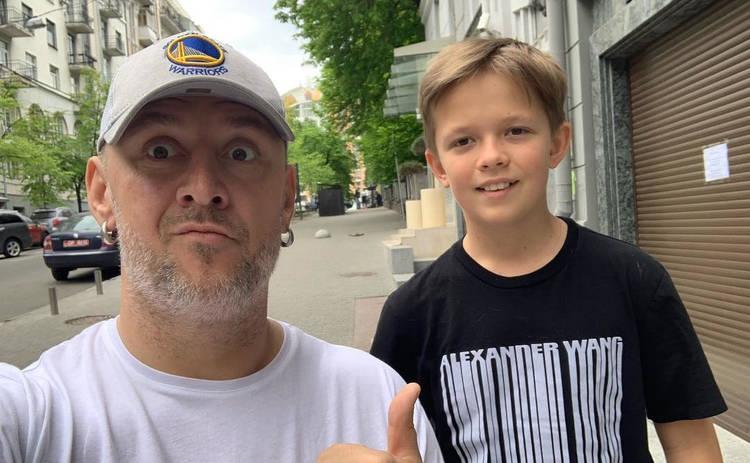 Весь в отца: 10-летний сын Потапа поразил рэпом на школьной линейке