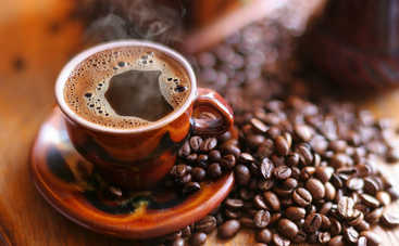Пьете кофе в жару? Вы должны знать об опасностях такой привычки