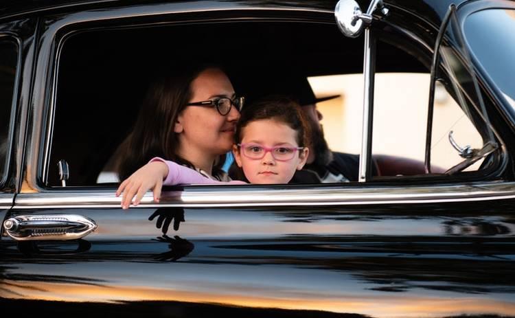 Автомобильная поездка с ребенком: что должно быть в машине