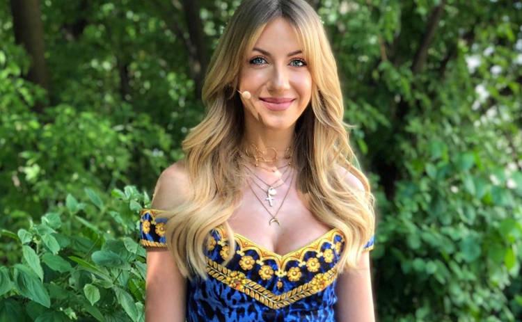 Леся Никитюк взбудоражила Сеть прозрачным платьем и пышной бородой: «Кончита Вурст отдыхает»