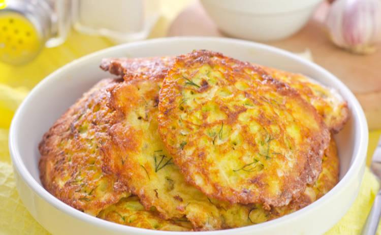 Диетические котлетки из кабачков с сыром (рецепт)