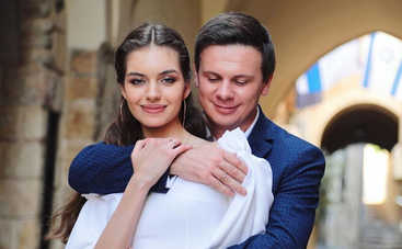 Дмитрий Комаров показал трогательные фото с венчания и рассказал о пополнении в семье