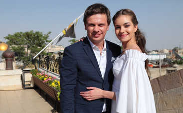 Дмитрию Комарову – 36! День рождения путешественника с женой в стиле «Мир наизнанку»