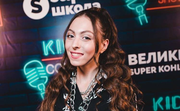 Оля Полякова жестко высказалась на странице дочери: «Заблокируй этих тварей»