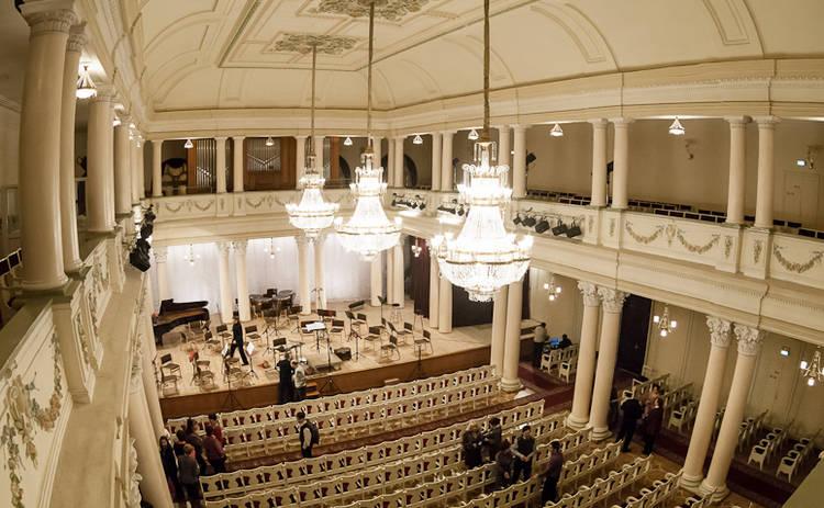 Незабываемые вечера в национальной филармонии Украины!