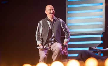 Обладатель пышной шевелюры: Звезда «Квартал 95» Евгений Кошевой отрастил волосы