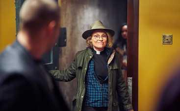 В прокате с 27 июня: «Сумасшедшая парочка», французская драма и криминальный боевик с Гэри Олдманом