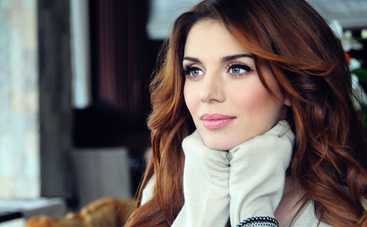 «Подойдя к зеркалу, чуть не разревелась»: Анна Седокова призналась, откуда у нее целлюлит