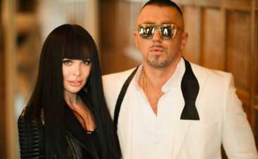 Полиграф Шарикоff выпустил яркий летний хит в неожиданной коллаборации с украинским певцом
