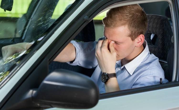 Как оказать первую медицинскую помощь водителю в адскую жару