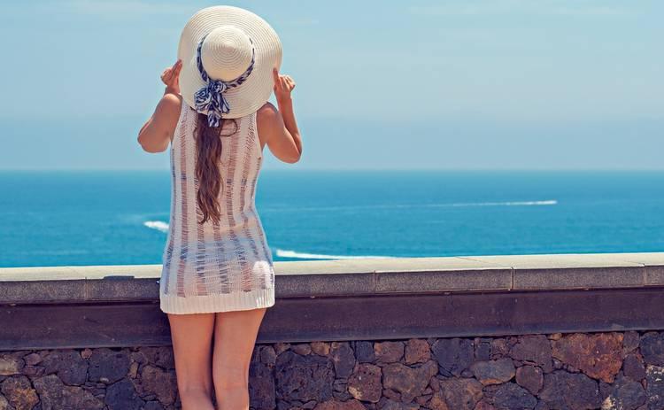 Как стильно одеться на пляж: 3 модных совета