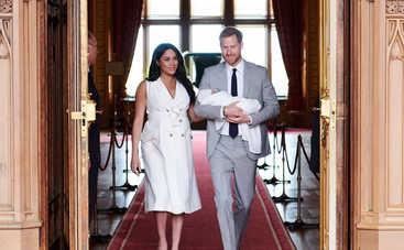 Принц Гарри и Меган Маркл крестили сына: первые фото с события