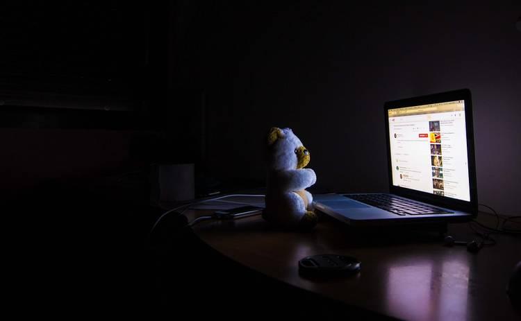 Снотворное не поможет: методы, которыми лучше всего бороться с бессонницей
