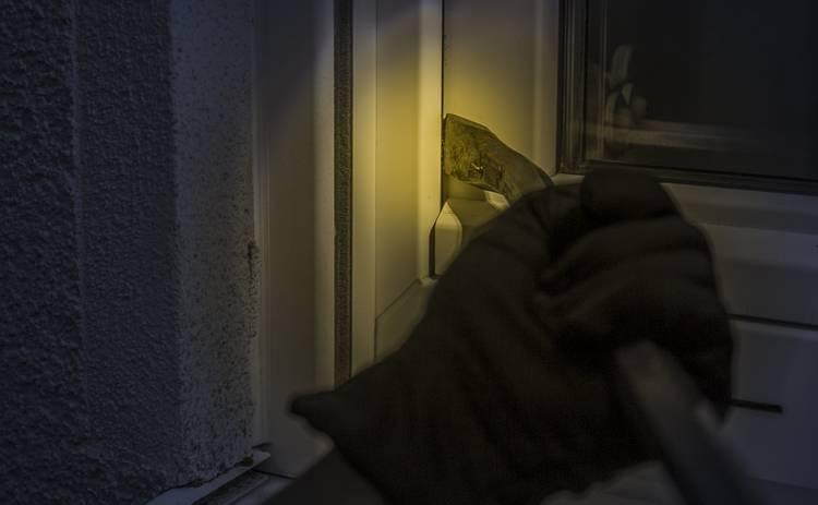 Чтобы не ограбили квартиру: советы для тех, кто уезжает на отдых