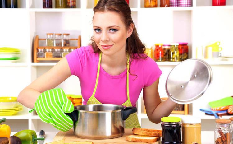 Ужин за 10 минут: жареные кабачки с яйцом (рецепт)