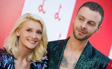 Миша Романова вместе с Максом Барских отпраздновала важное событие в Юрмале