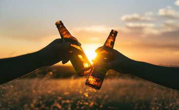 Ученые выяснили, в каких ситуациях люди употребляют больше всего алкоголя