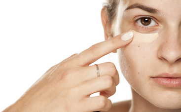 Тональный крем: ТОП-5 хитростей, которые сделают цвет лица идеальным