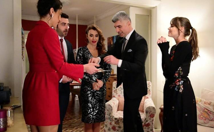 Невеста из Стамбула: смотреть 55 серию онлайн (эфир от 31.07.2019)