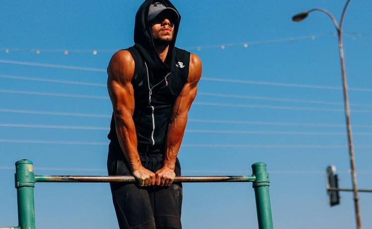 Медики объяснили, почему мужчины с «пивным животом» рискуют жизнью
