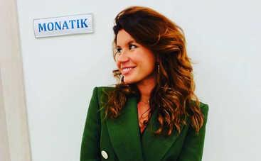 Жена Димы Монатика восхитила своей красотой, опубликовав фото без макияжа