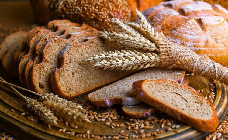 Зважені та щасливі-9: можно ли есть дрожжевой хлеб и выпечку?