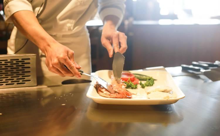 Салат с куриным филе и морковью по-корейски (рецепт)
