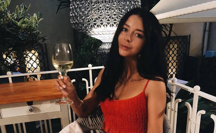 Жена Позитива взорвала Сеть снимком своих ягодиц: попа как у Ким?