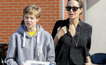 «Вылитый Брэд Питт»: дочь Анджелины Джоли готовится к смене пола