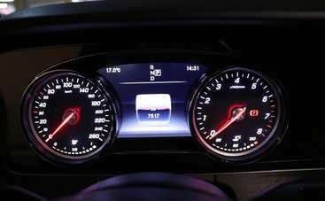 Вскоре автомобили будут выпускаться с 3D-дисплеями