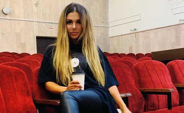 «Я такая трусиха»: Анна Седокова выставила напоказ свои формы и призналась в боязливости