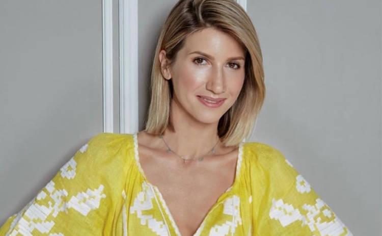 Анита Луценко снялась в откровенной фотосессии для рекламы купальников: «Фигура огонь!»