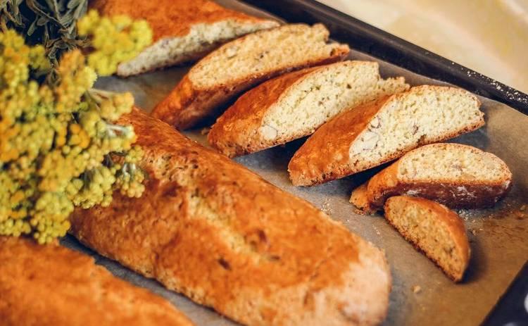 Питательный и вкусный перекус: итальянское печенье бискотти от Юлии Панковой (рецепт)