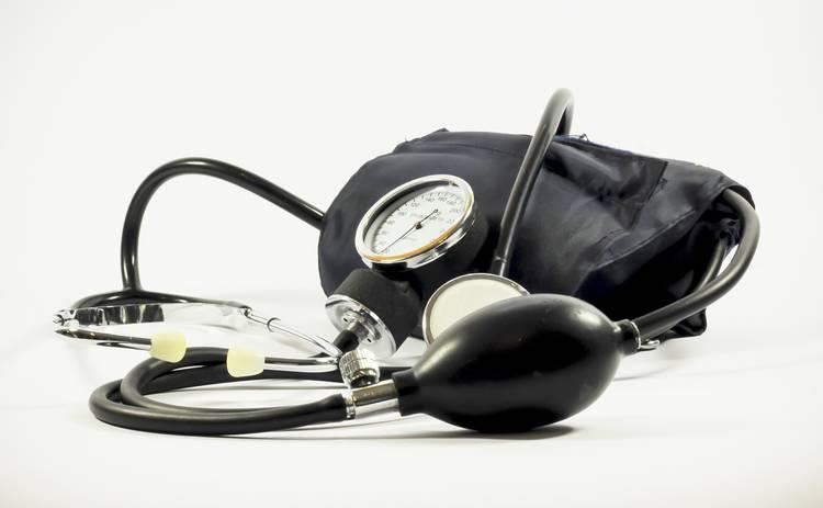 Гипертонию в среднем возрасте связали с риском развития другого опасного заболевания