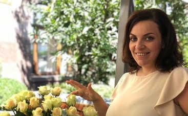 Наталья Холоденко рассказала, перед каким модным аксессуаром не может устоять