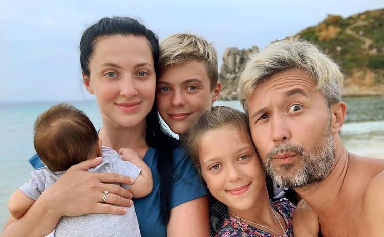 Сергей и Снежана Бабкины крестили 2-месячного сына: первые фото с события