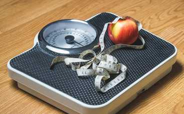 Ученые объяснили, почему с возрастом люди набирают вес