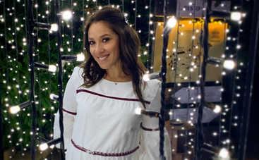 Известная украинская певица впервые станет мамой