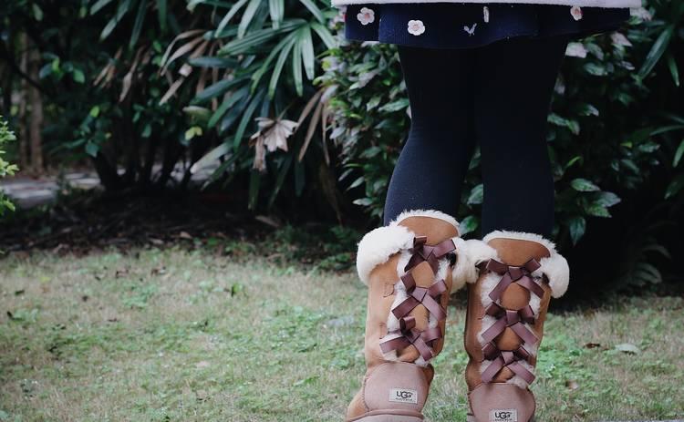 Какая обувь выходит из моды в этом сезоне: ТОП-4 неактуальных моделей
