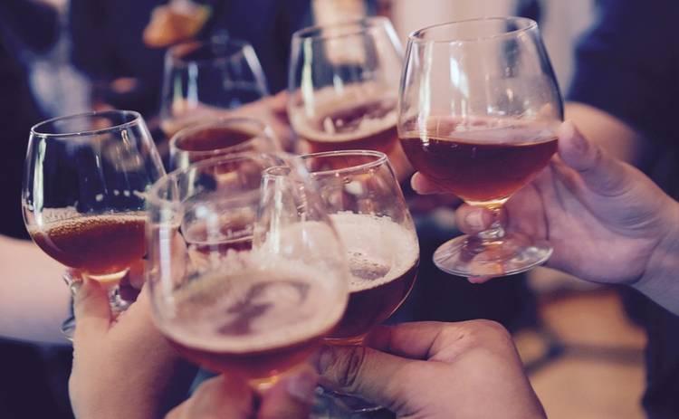 Почему полезно на месяц отказываться от алкоголя: исследование ученых