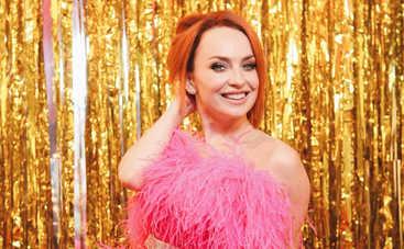 Звезда «Дизель Шоу» Виктория Булитко похвасталась фигурой в сексуальном боди