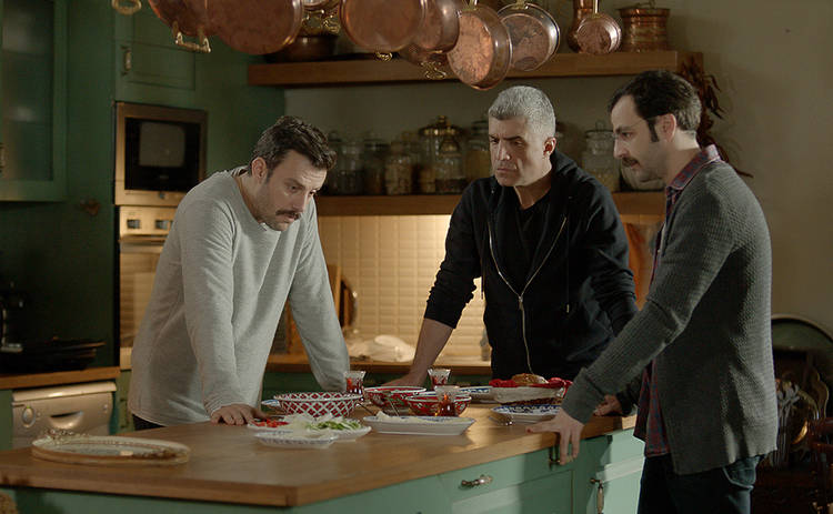 Невеста из Стамбула: смотреть 130 серию онлайн (эфир от 23.09.2019)